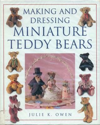 Making and dressing miniature Teddy bears | Шьем и одеваем миниатюрных мишек Тедди скачать
