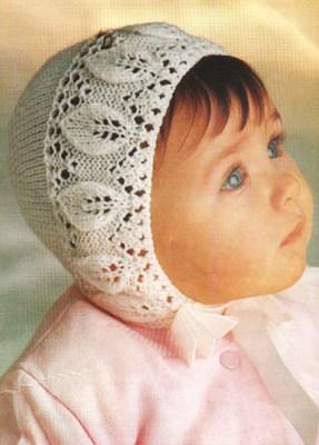 Вязаная ажурная шапочка для девочки