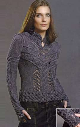 Стильный вязаный спицами пуловер