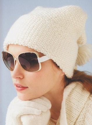 Вязаная женская шапочка «Собранная»