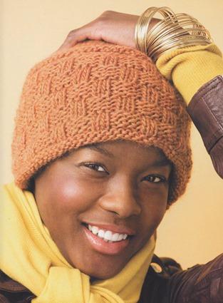 Вязаная женская шапочка «Жизнерадостная»